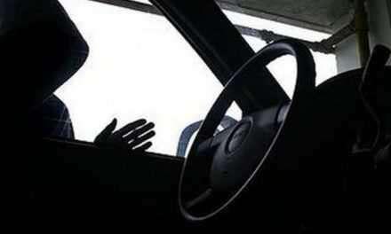 Έκλεψε  δυο φορτηγά αυτοκίνητα από το Αγρίνιο και τη Μεγάλη Χώρα και συνελήφθη