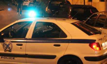Αγρίνιο: Θαμώνες προκάλεσαν φθορές σε μεζεδοπωλείο!