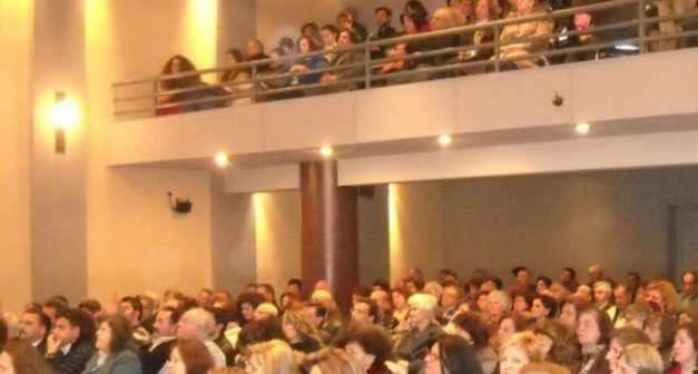 Ομιλία του καθηγητή  Κ.Καρακατσάνη στη Σχολή Γονέων στο Αγρίνιο