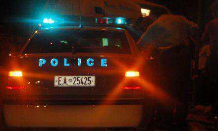 Αγρίνιο: Πιάστηκαν στα χέρια δύο άνδρες και ο ένας απείλησε και εξύβρισε αστυνομικούς! (φωτο)