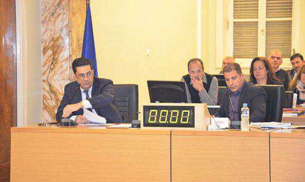 Για παράβαση καθήκοντος κατηγόρησε η αντιπολίτευση τη δημοτική αρχή για το θέμα της Συντήρησης Δικτύων Ύδρευσης Αποχέτευσης των Δ.Ε