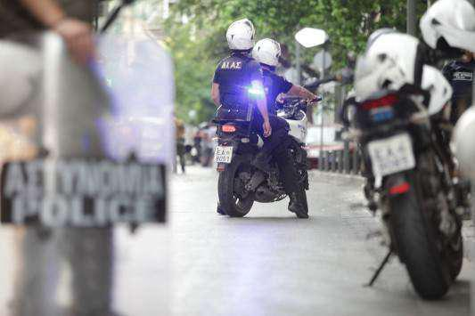 Χωρίς αστυνόμευση η Μακρυνεία για να ενισχυθεί το  Α.Τ Αιτωλικού! (βιντεο)