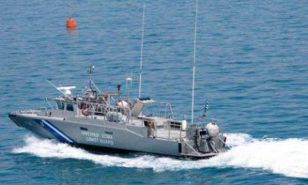 Βόνιτσα: «Αδέσποτη» Σακούλα Στη Θάλασσα Με 11,50 Κιλά Κάνναβης