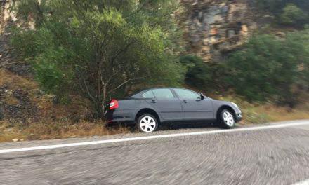 Αιτ/νία: Δύο τροχαία ατυχήματα (ΦΩΤΟ)